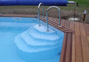 vente d 39 escalier pour piscine fon plat escaliers pour. Black Bedroom Furniture Sets. Home Design Ideas